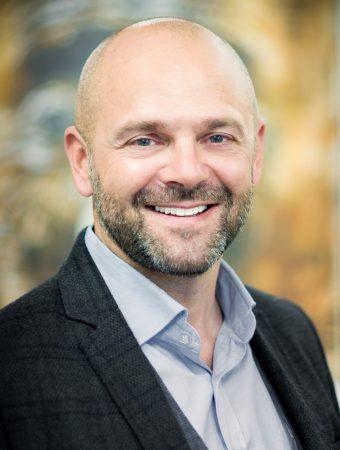 CEO - Stratégie et business Networking